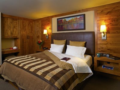 Lodge Village Guestrooms