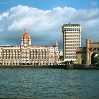 Taj Mahal Place and Tower Hotel