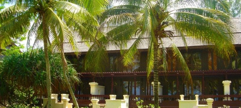 Bumbung & Serambi Rooms