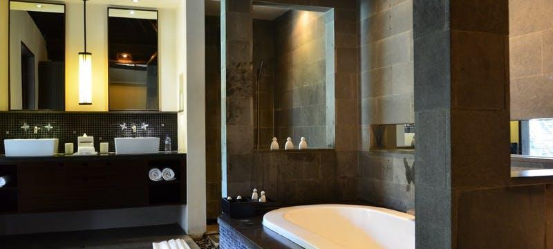 Pool Villa Bathroom at The Amala, Bali