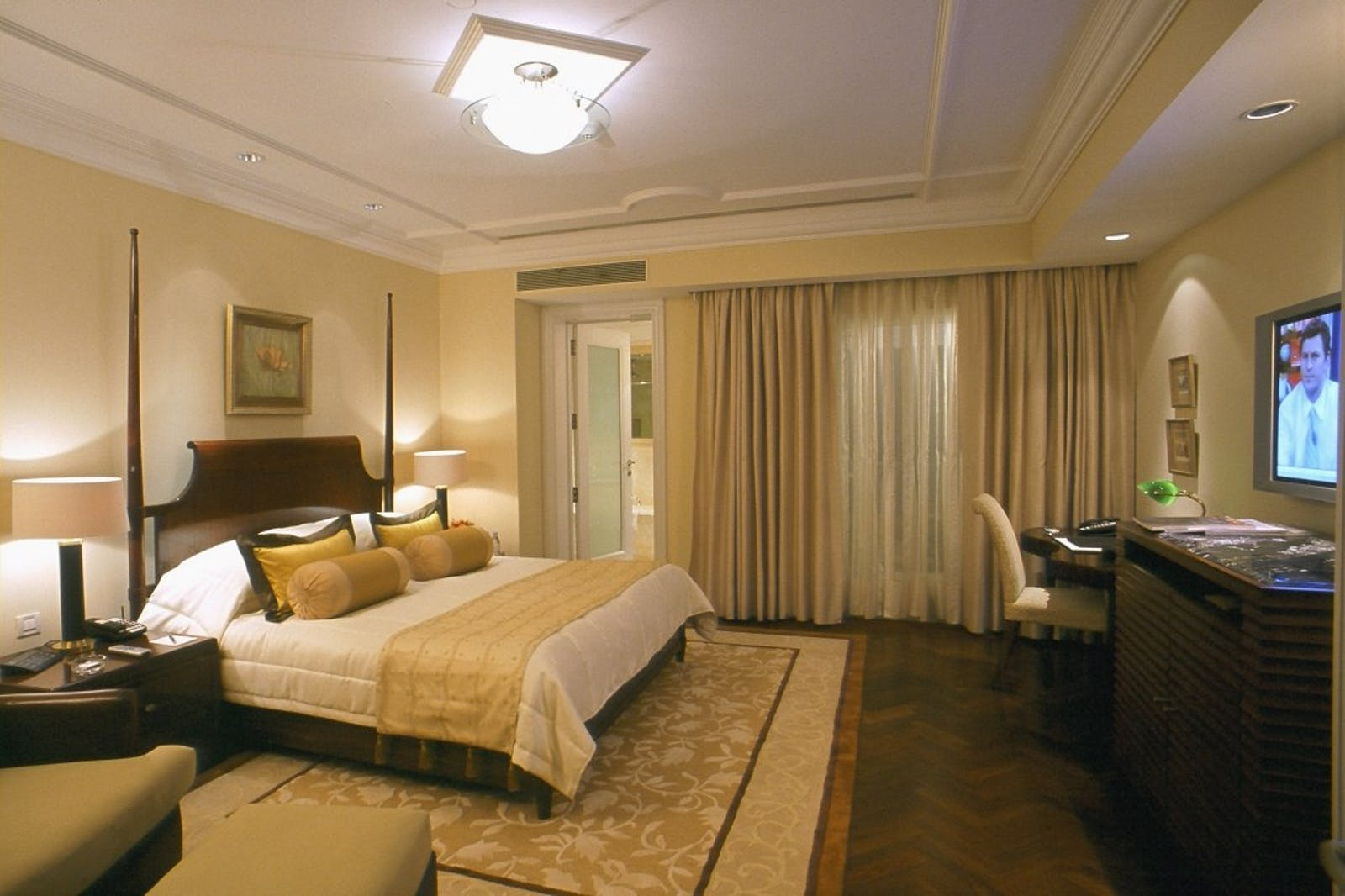 BedroomThe Claridges New Delhi