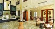 Straits & Co Cafe
