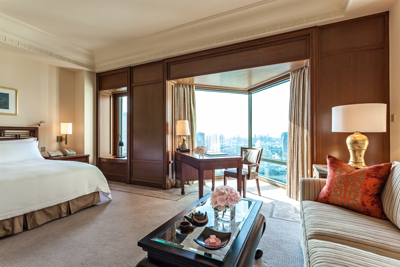 Deluxe Room at The Peninsula Bangkok