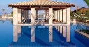 The Romanos, Pool Bar