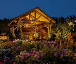Rustic Inn at Jackson Hole Creekside Resort & Spa