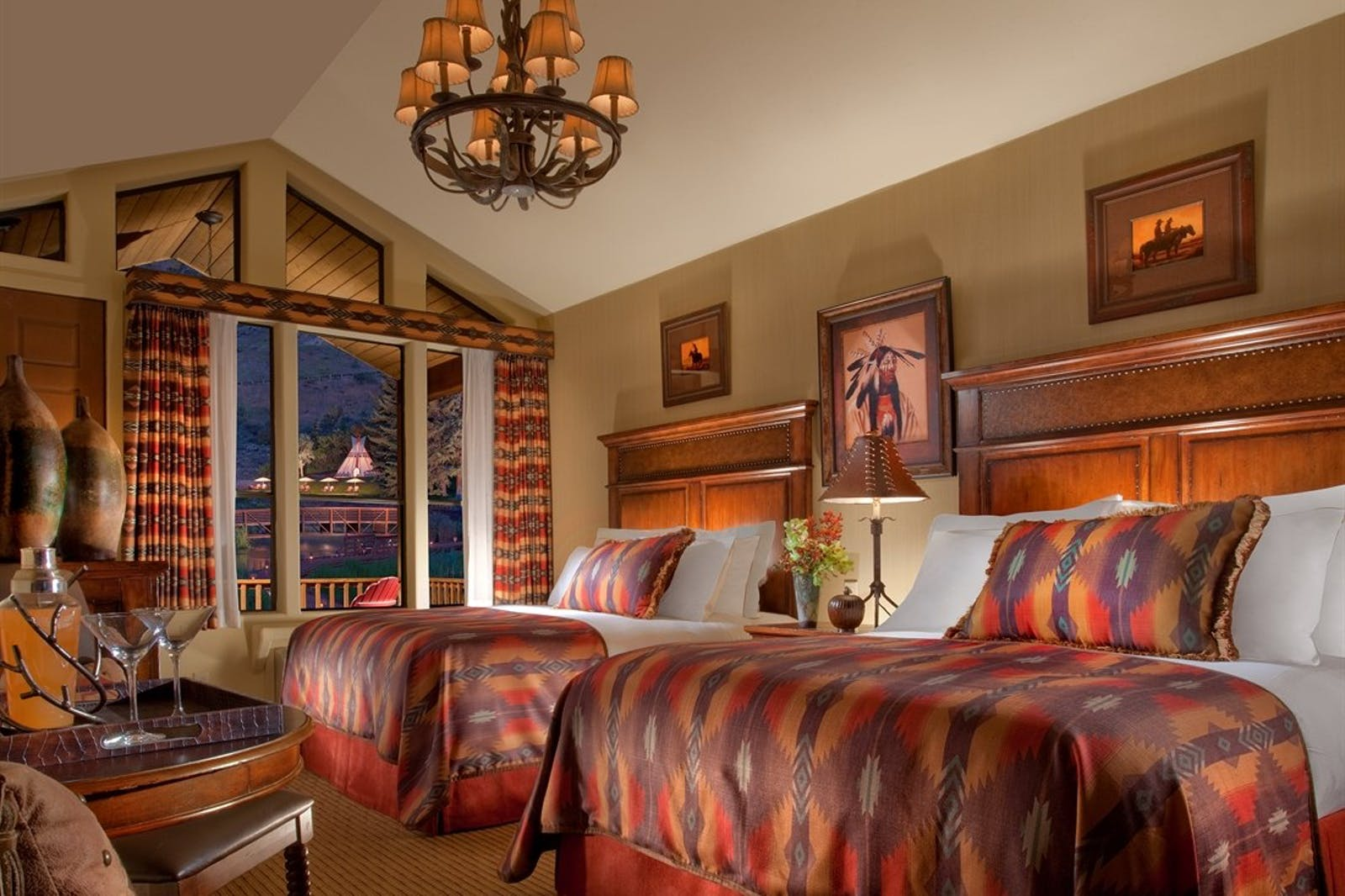 Twin bedroom at The Rustic Inn