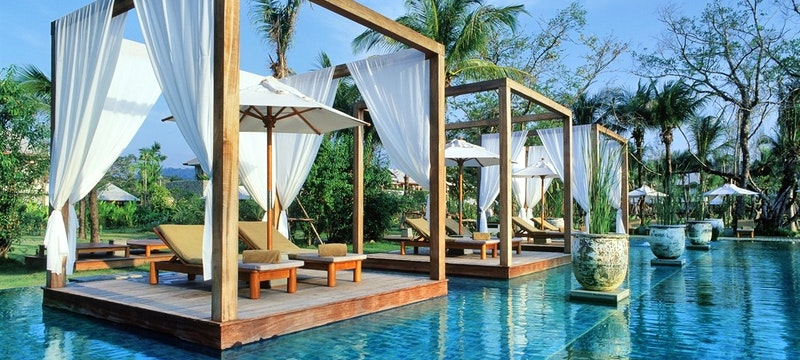 Cosmopolitan Dubai and Thai Beach Retreat