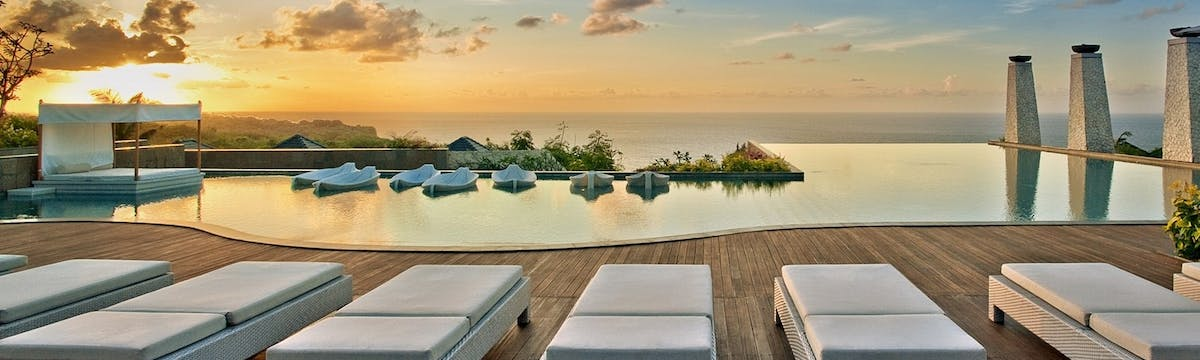 TOP 5 COOL POOLS IN BALI