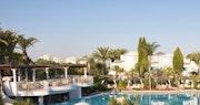 Oasis Parc Pool